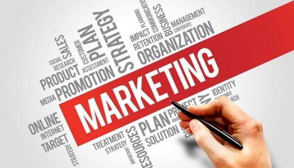 List chuyên viên marketing tiếng anh là gì