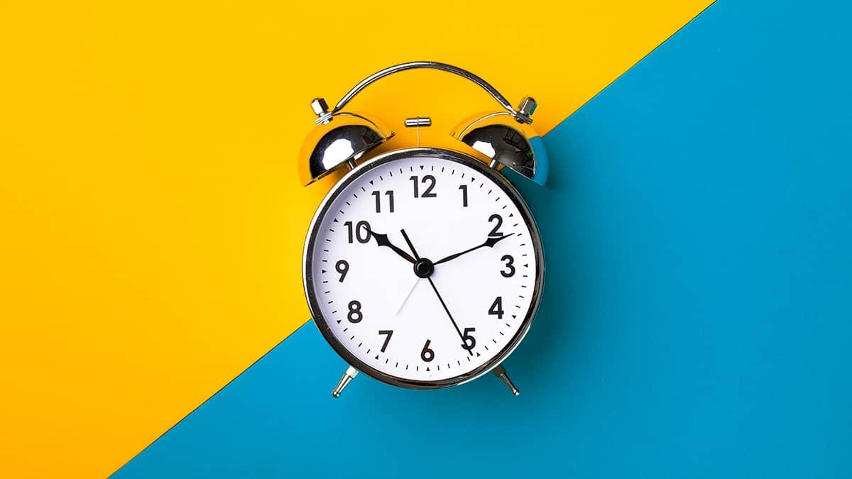 During The Time là gì và cấu trúc cụm từ During The Time trong câu Tiếng Anh